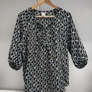 Black and white maternity blouse S